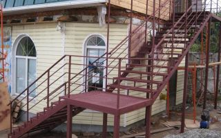 Как построить чертежи металлической лестницы?