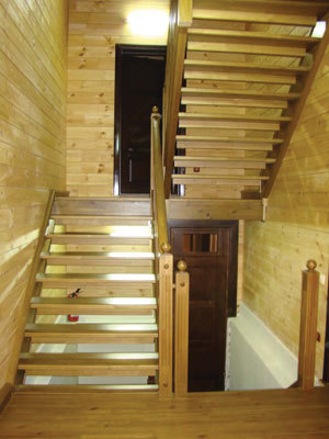 Проектирование и чертежи деревянных и металлических лестниц на второй этаж в доме
