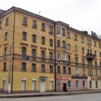 Планировка 1,2,3 и 4 комнатной квартиры сталинки