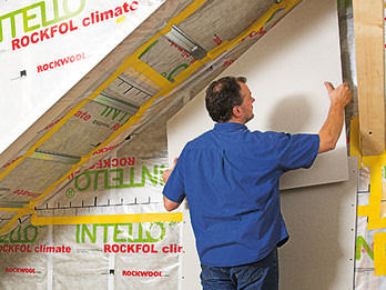 Утепление, вентиляция и обустройство чердака в частном доме на даче своими руками