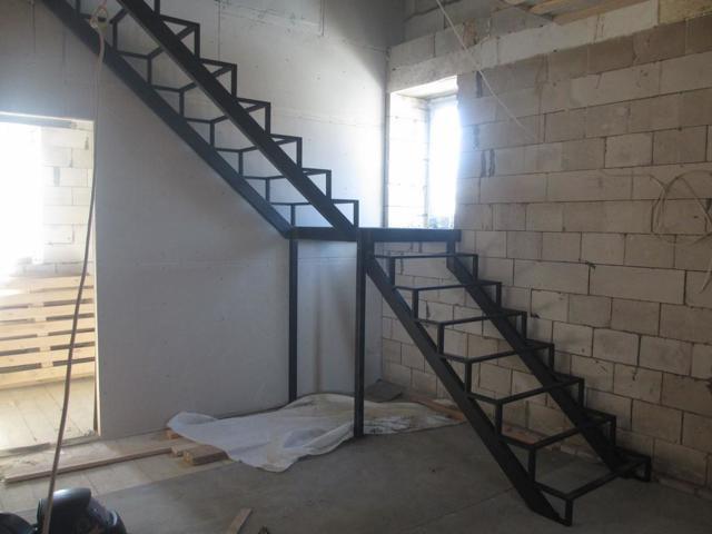 Чертежи металлической лестницы: расчеты и схемы